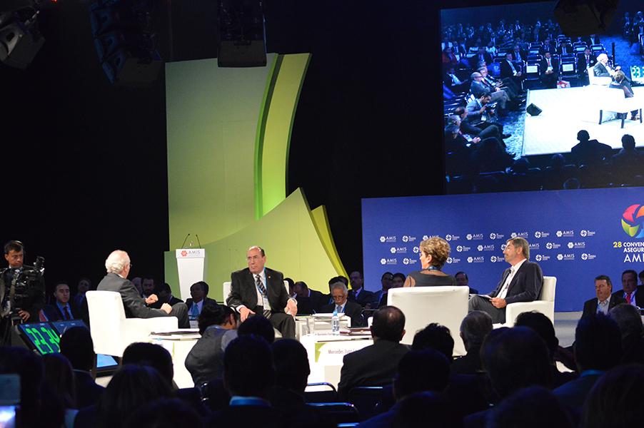 Panel: Desafíos del sistema de salud mexicano